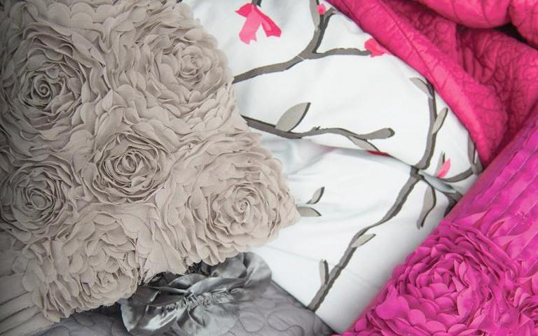 shop bedding image