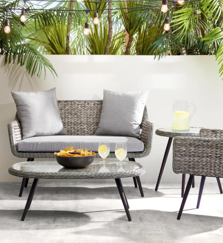 American Signature Furniture and Mattresses  75f1a3521