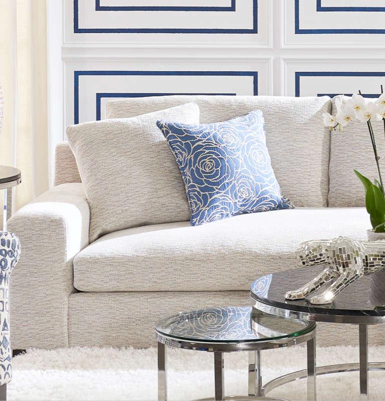 Designer Looks Furniture Room Image